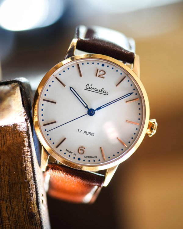 Circula Heritage Hand-Wound Redgold