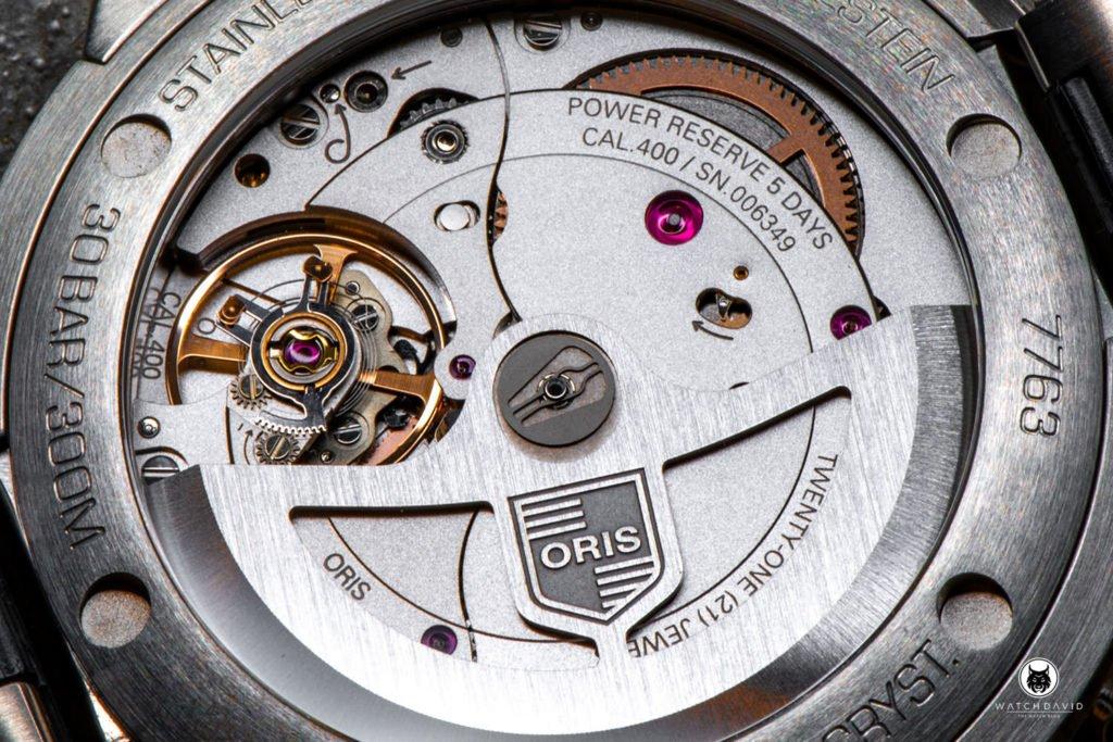 ORIS Aquis Calibre 400 Date