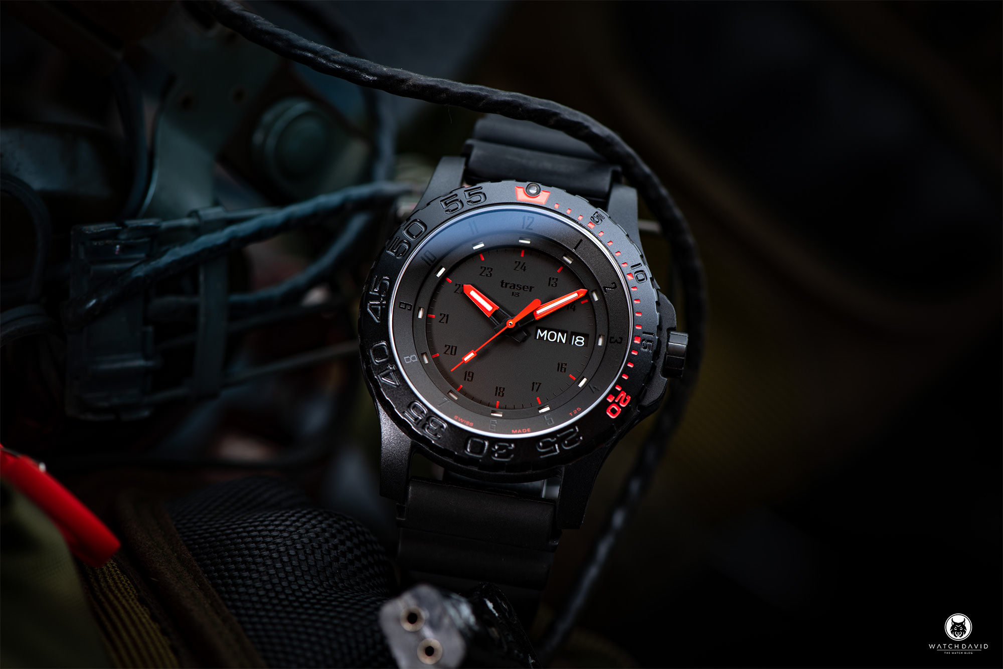 Traser H3 P66 Red Combat 104148