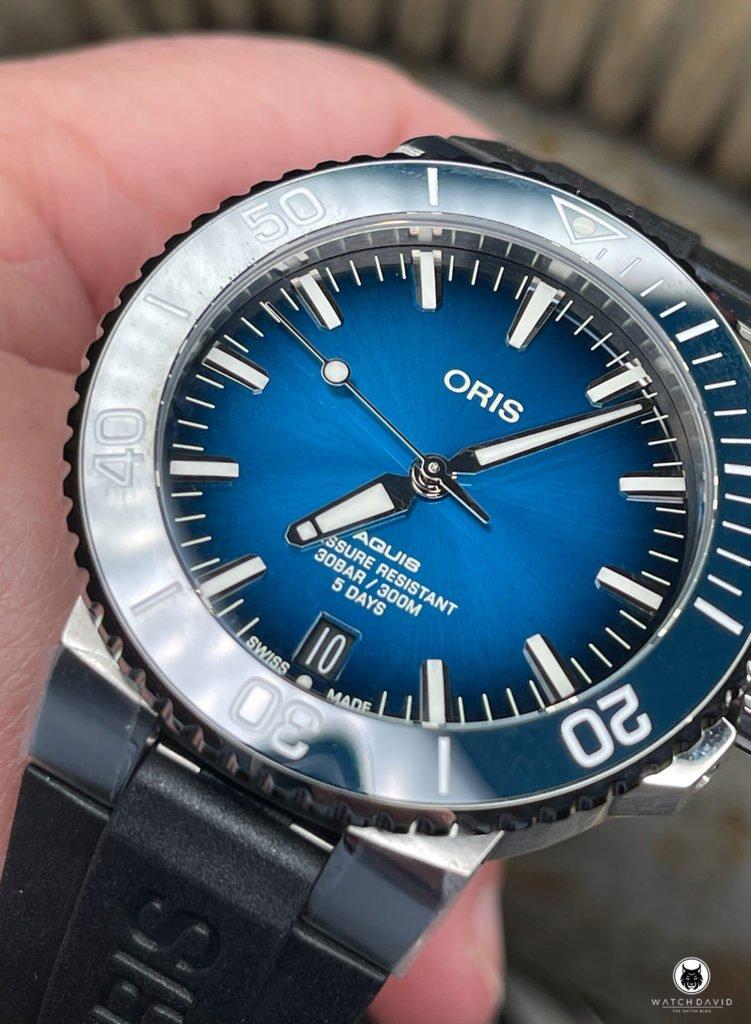 Hands-on Oris Aquis Date